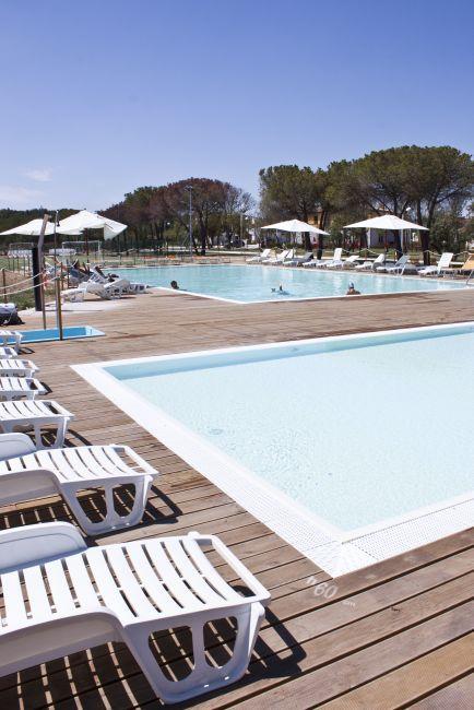 Holiday Offer: residence village in the Marche, Adriatic Sea, Italy . Offerta Adamo Ed Eva Villaggio Residence a Numana in Marche
