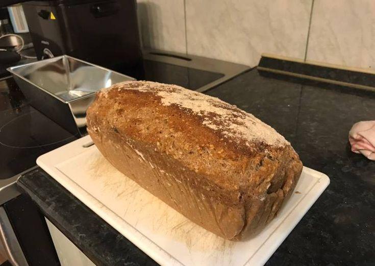 Teljes kiőrlésű magvas osztrák kenyér - Recept ekkor: 2020..