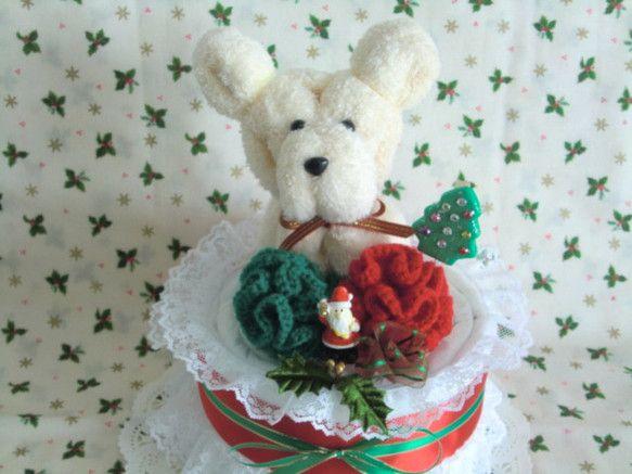 わんちゃんが大好きなお友達へのプレゼントにクリスマス用のペットシーツケーキ!! ワンちゃんへのクリスマスプレゼントは、「ペットシーツケーキ」で決まり!ケーキの...|ハンドメイド、手作り、手仕事品の通販・販売・購入ならCreema。