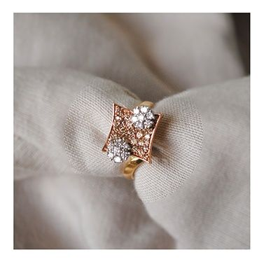 Champagne Supernova Ring-Cum-Pendant