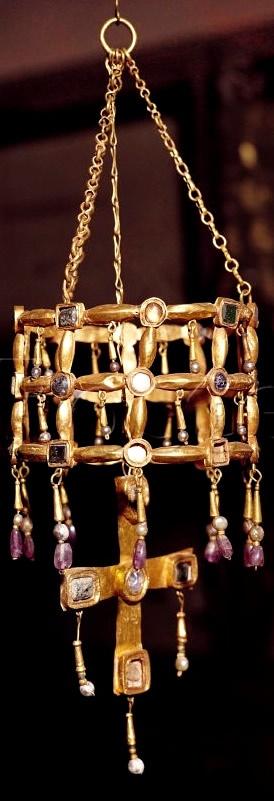 Seventh century Visigothic votive crown from the Treasure of Guarrazar, made of gold, precious stones, nacre, pearls and crystal. Museo Arqueológico Nacional de España, Madrid