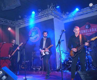 Con los fabulosos Fleshtones + Los Radiadores + Hollywood Sinners (Crónica concierto Sala 16 Toneladas, 17-2-2018) http://www.woodyjagger.com/2018/02/cronica-concierto-fleshtones-16-toneladas.html