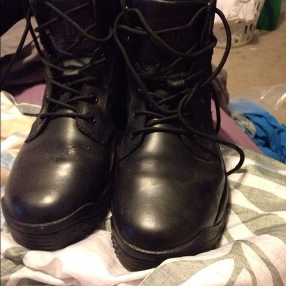 Tactical 511 boots New tactical 511 boots medium rise black men's size 8.5 Women size 10. Shoes Combat & Moto Boots