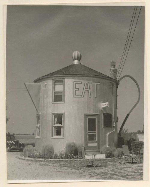 Coffee Pot Restaurant. Bremen, Indiana 1939 (if I ever opened a coffee shop it would look like this)