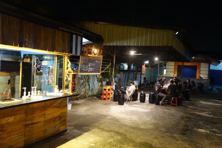 #kiosk #booth #coffee #milkshake #cool #pallet #pallete #indonesia #pekanbaru #single #origin #cafe #coffeeshop