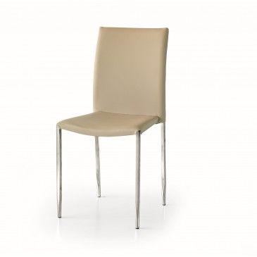 Pratica, moderna, ed elegante con solida struttura in acciaio cromato e rivestimento in ecopelle facile da pulire. #sedia #moderna