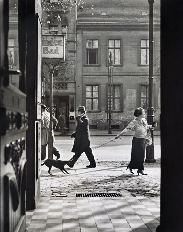 Captivating Vintage Photos of Everyday Life in Berlin in the 1920s