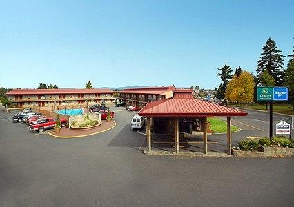 LODGING: Rodeway Inn / Portland airport hotel