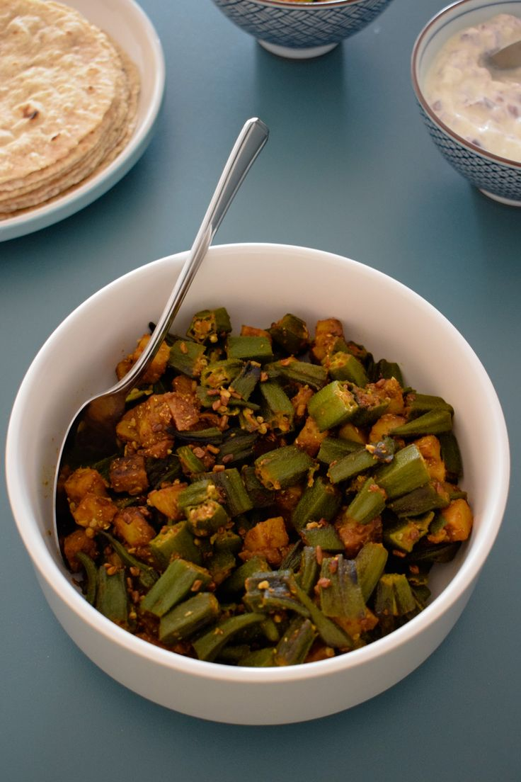 bhinda nu shaak, okra & potato curry, gujarati recipe, indian curry, vegan, gluten free, vegetarian, low carb