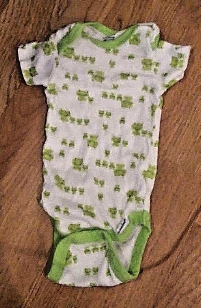 bc773d8f8 Baby Girls Boys 0-3M Short Sleeved Gerber Onesie Newborn-3mths White with  Frogs #Gerber