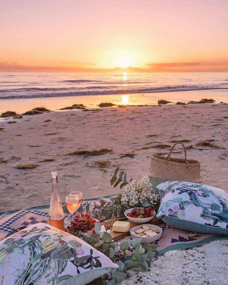 показы, фото ужин море песок океан поблагодарил