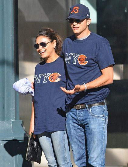 Mila Kunis et Ashton Kutcher roucoulent officiellement dans les rues de New York #people