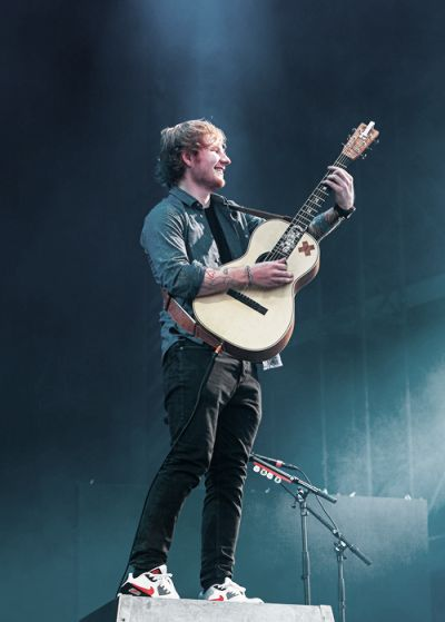 790 best images about give me love ed sheeran on - Ed sheeran give me love live room ...