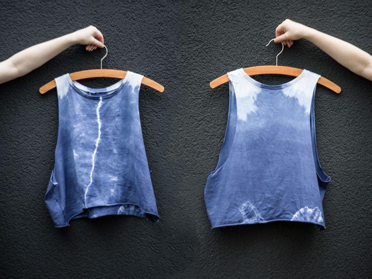 Tutoriale DIY: Cómo teñir una camiseta de algodón con efecto shibori vía DaWanda.com