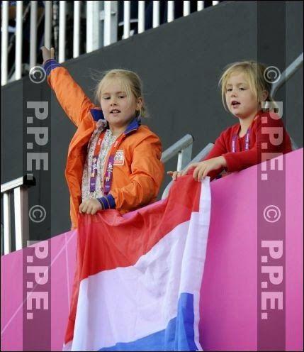 Prinses Amalia en prinses Ariane (NL)