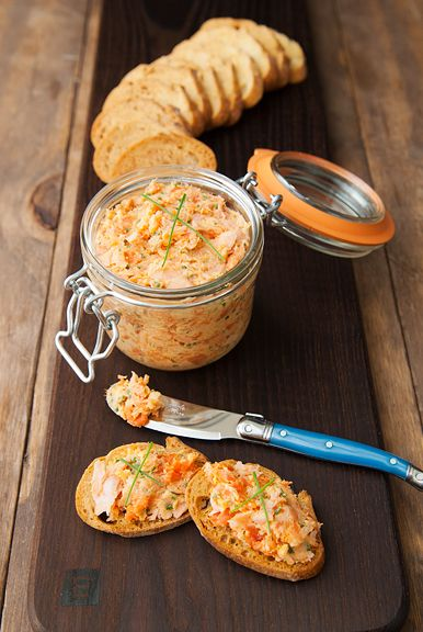 salmon rillettes - easy and impressive, perfect for holiday parties! | use real butter