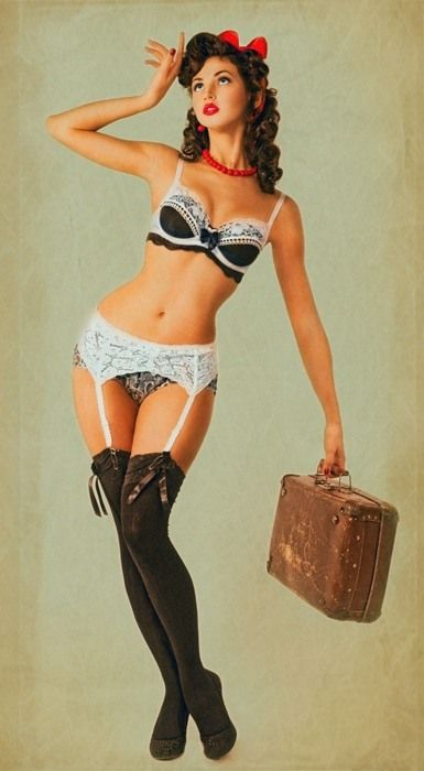 A BRUNETTE PINUP!! Love her!