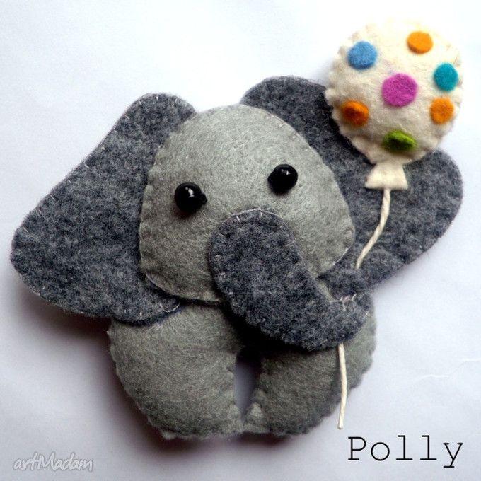 Felt elephant with balloon!