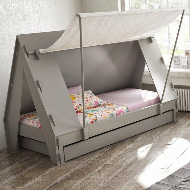 Bett mit Zeltdach weckt die Fantasie der Kinder