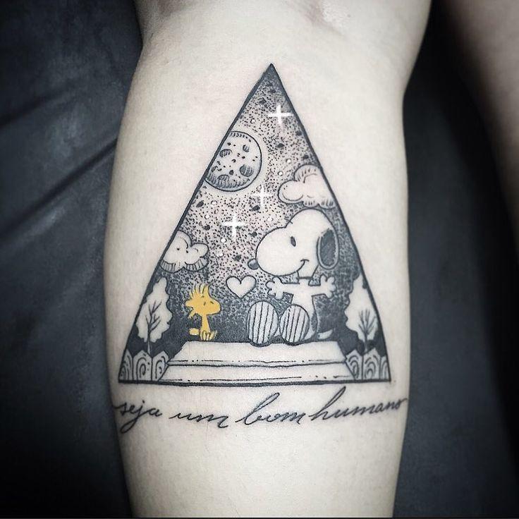 """Tatuagem suuuuper bacana da cliente Tati , super classico SNOOPY E SEU AMIGO ... """" seja um bom humano"""" obrigado  Tati e até a proxima!!! Contato para orçamento e agendamento no tel 27 999805879 com @bruno_a_luppi #kadutattoo #tattoo #tattoos #tatuaje #tat #tats #tatuagem #tatuagemfeminina #tatuagensfemininas #dotwork #dotworktattoo #blackwork #blackworktattoo #snoopy #snoopyewoodstock #love #beautiful #drawn #art #artwork"""