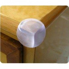 Átlátszó szilikon sarokvédő bútorok sarkaira - igazából nem a bútort védi, hanem a baba, kisgyerek fejét.