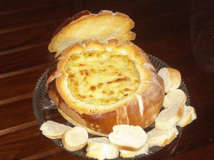 Una fondue especial  Fondue de Pan de payés  Spain