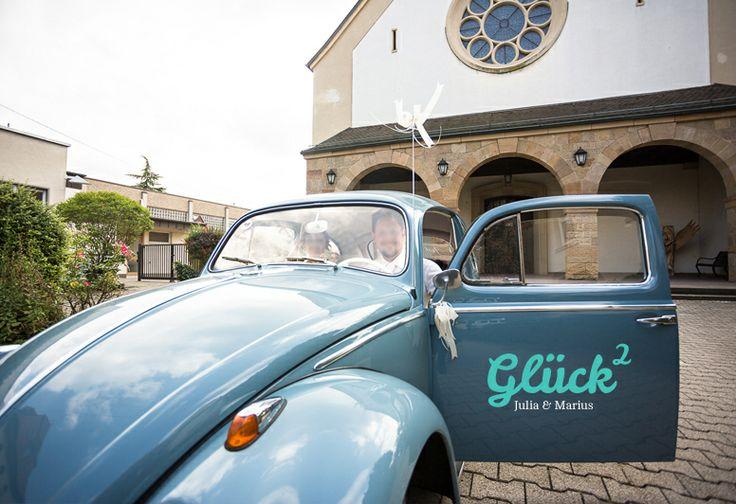Auto Aufkleber Hochzeit ♥ Glück hoch Zwei von hellographic auf DaWanda.com