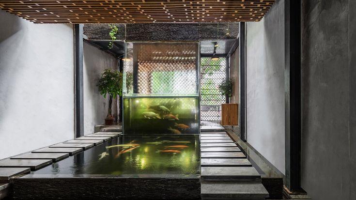 Best 25 indoor waterfall ideas on pinterest indoor for Waterfall restaurant design