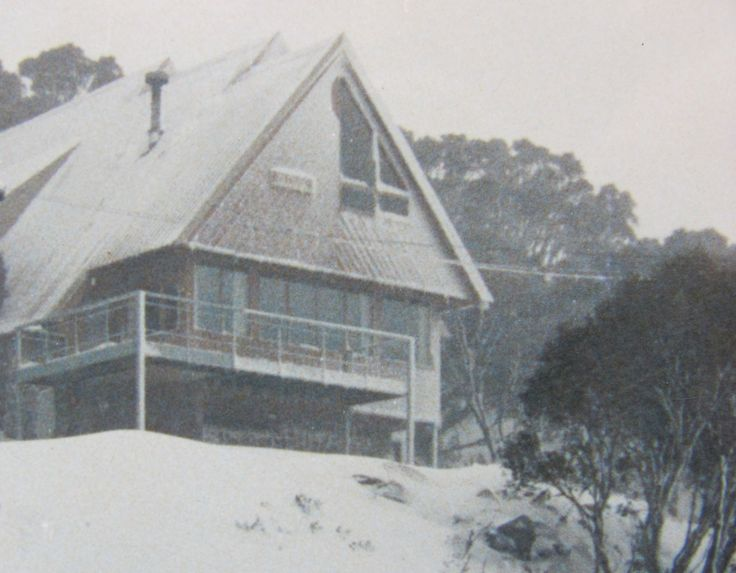 Oldina Ski Club Lodge Perisher = 14 beds (twin rooms all with en-suites), cooked breakfast & 3 course dinner cooked by our Winter Lodge Manager.  Non-Members welcome. Visit our web site:  www.oldinaperisher.com.au    To book a bed EMAIL bookings@oldinaperisher.com.au or  Ph 02 - 9481 9221 Why not join our club?   Membership information and form  at:  www.oldinaperisher.com.au/members.html
