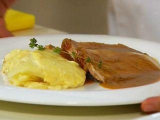 Lomo de cerdo, Gratín de papas y Crema de ajos