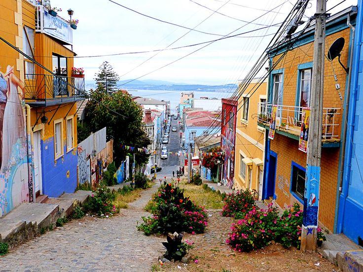 Calles de Cerro Alegre - Alegre Hill Streets (Valparaiso, Chile ...