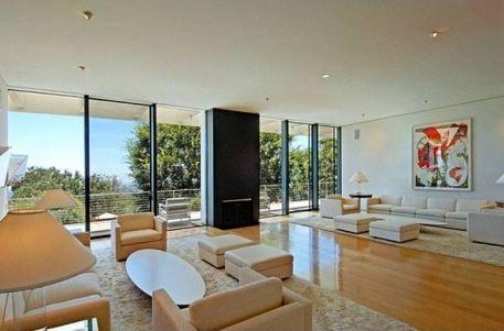living room 2  Jennifer Aniston's Sleek New $21 Million House in Bel Air