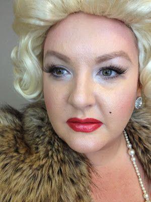 neapolitan beauty halloween makeup the blonde