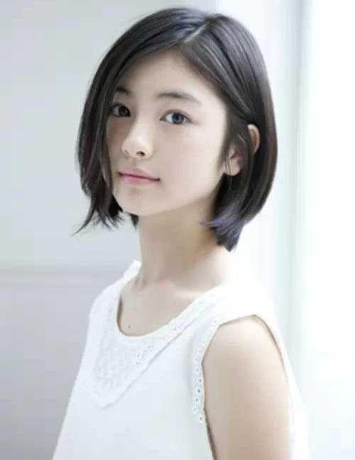 6.Short Haircuts for Straight Hair