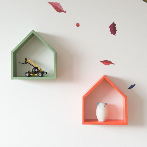 Fun idea for displaying objects in a kid's room instead of plain flat shelves.