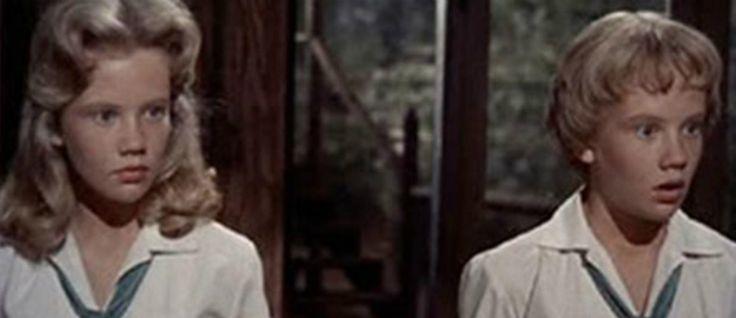 10 atores que interpretaram o papel de gémeos no grande ecrã  #atoresgémeos #cinemagémeos #duplasdocinema #efeitogémeos #filmescomgémeos #filmesdivertidos #gémeos #gémeosharrypotter #lindsaylohan #listadefilmes #melhoresfilmesdehumor #nicholascage #theparenttrap #twins