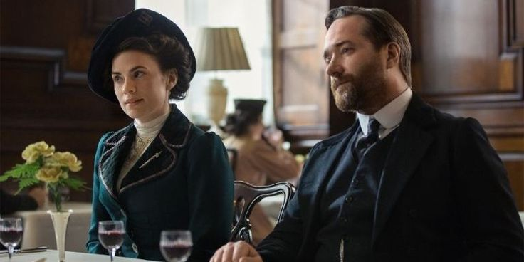 'Howards End' Will Fill the 'Downton Abbey'-Shaped Hole in Your Heart - HarpersBAZAAR.com
