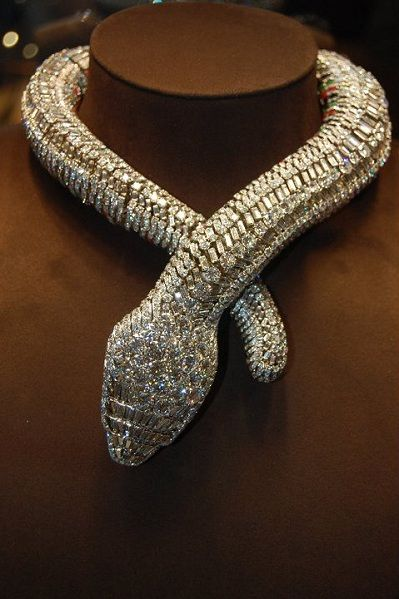 Cartier gold and platinum snake necklace Oro Cartier y collar de la serpiente de platino