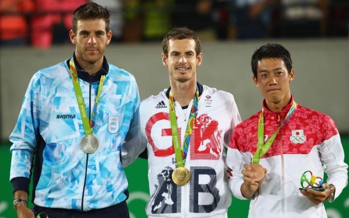 Andy Murray beats Juan Martin Del Potro in Rio tennis final to become the first player to win back to back Olympic titles