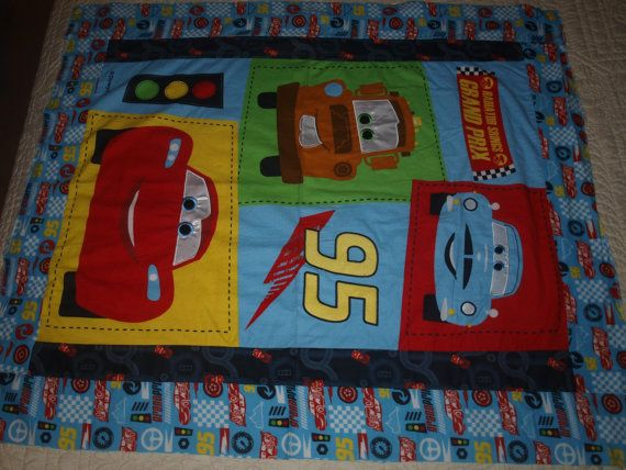 Panel de franela de algodón de Dixie Pixar coches por SoftlyBundled
