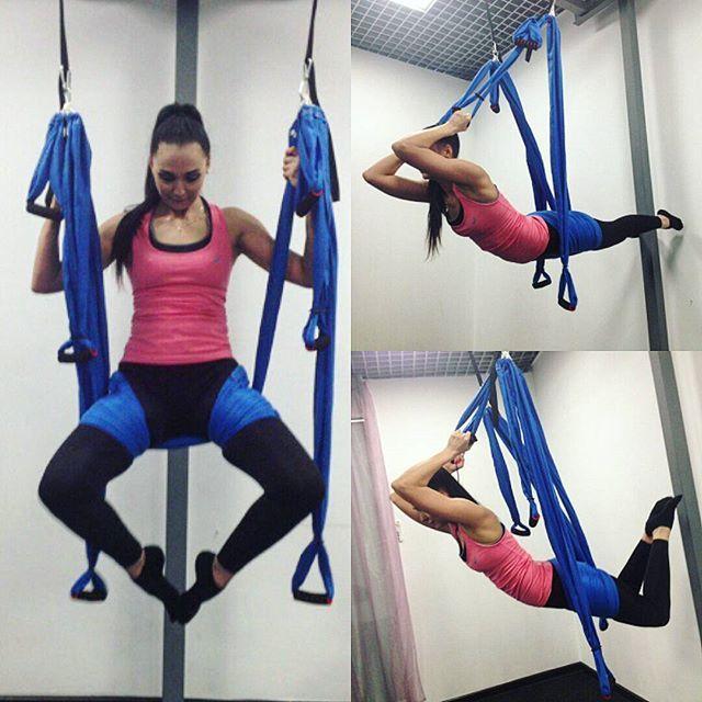 На занятиях по аэройоге всегда что-то новенькое делаем, спасибо @kalashnik.darya за интересные и разнообразные тренировки 💪😀➿ #yoga #йогавгамаках #йога #аэройога #тренировка #тренажерныйзал #гибкость #спортмотивация #фитнестайм #фитнесмотивация #спортмояжизнь #sportgirl #sportlife #instasport #кириши