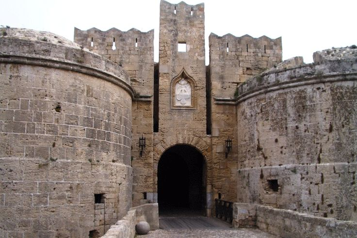 Visit Greece| Rhodes #Castle #Rhodes #Dodecanese #greekcastles