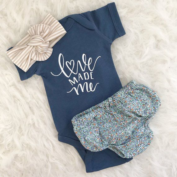 Bodysuit only, Love made me, Newborn bodysuit, Baby Girl coming home outfit, baby girl, baby girl, Newborn baby girl, hello world, baby show – Babys