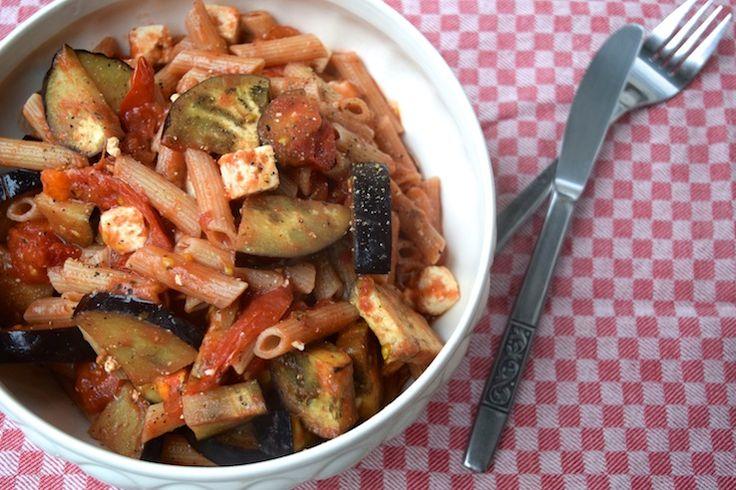 5 or less: Deze makkelijke pasta met aubergine maak je met maar 5 ingrediënten. #5orless #pasta #diner