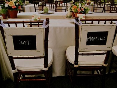 chalkboardShabby Chic Wedding, Brides Grooms, Cute Ideas, Chalkboards Signs, Chairs Back, Chairs Covers, Pictures Frames, Diy Wedding, The Brides