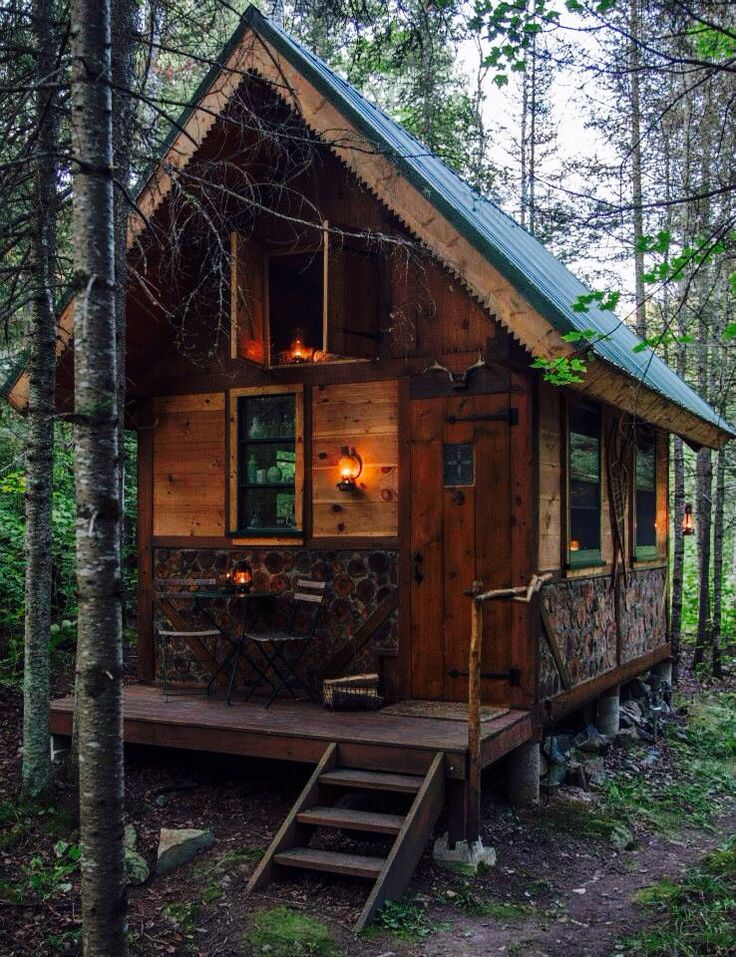 25 best ideas about small cabins on pinterest tiny for Tiny hunting cabin