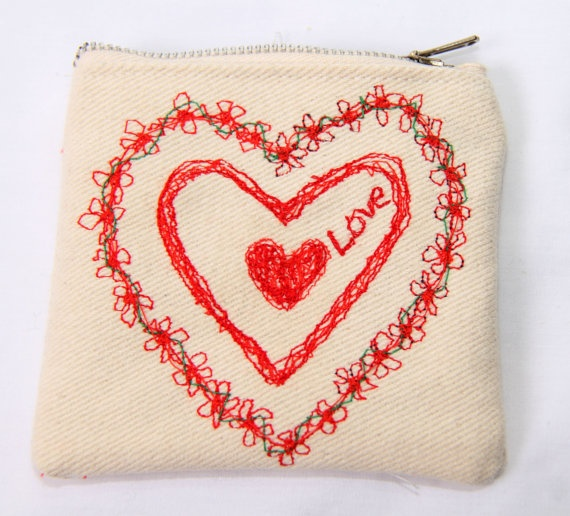 Small freestyle machine embroidery purse by MadebyMeCraftsUK, £7.00