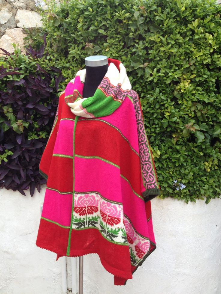 Beautiful poncho in pink, red, white and green
