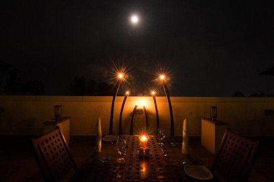 Candle Light Dinner - Table for Two - Picture of Le Poshe by ...