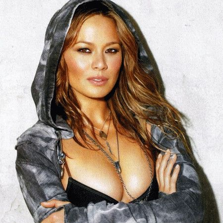 Moon Bloodgood wiki, affair, married, Lesbian with age, height, model,